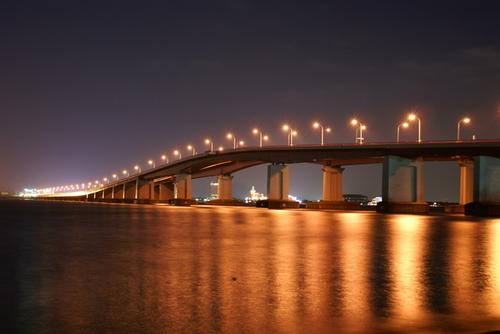 琵琶湖大橋夜景.jpg